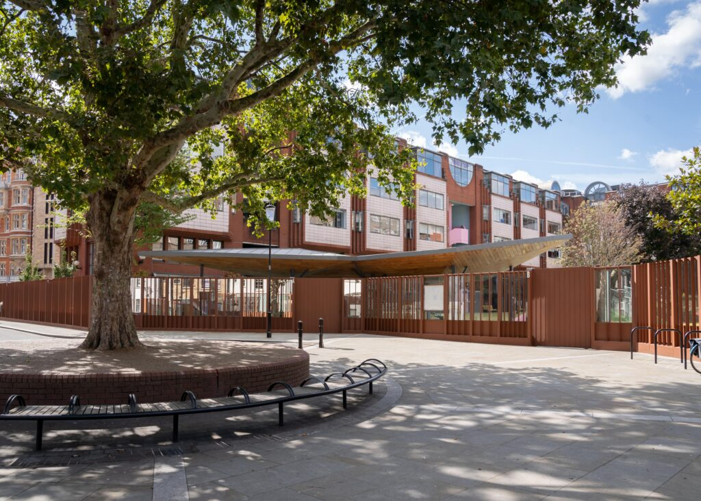 Gaulle's feeder primary schools